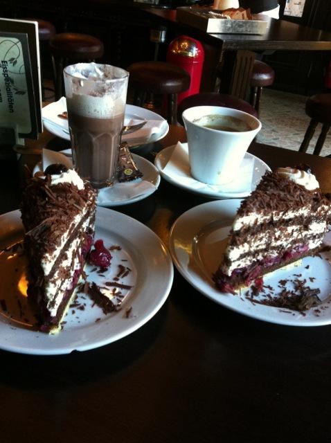 Berlin Cake.jpg